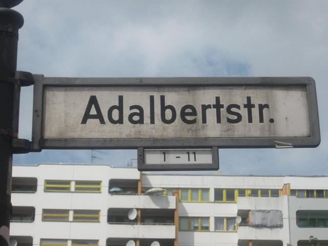 Bezirksamt verurteilt Angriff auf Kreuzberger Familienzentrum