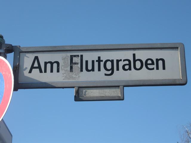 Kreuzberg: Reizgas vor Disko versprüht