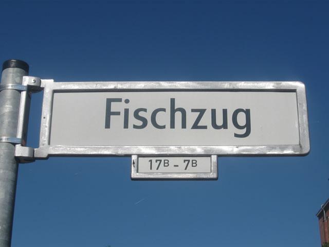 Friedrichshain: Fremdenfeindliche Parolen geschmiert