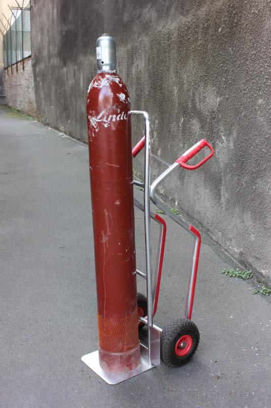 Gasflasche - Acetylenflasche der Firma Linde