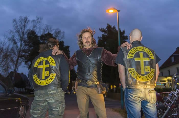 Jesus-Rocker: Gewalt und Religion