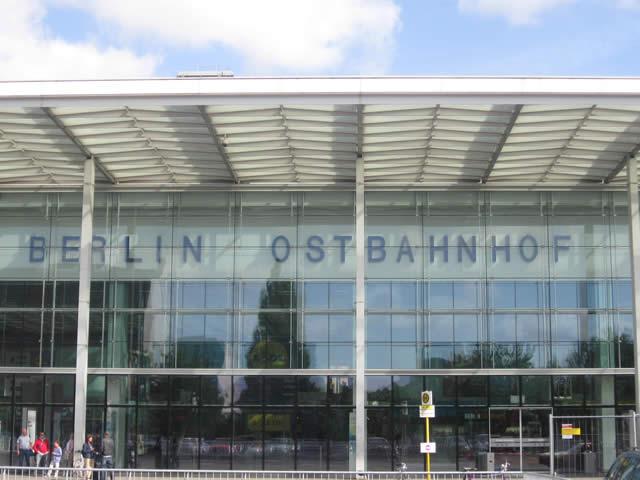 Friedrichshain: Mann nach Streitigkeiten mit Messer verletzt