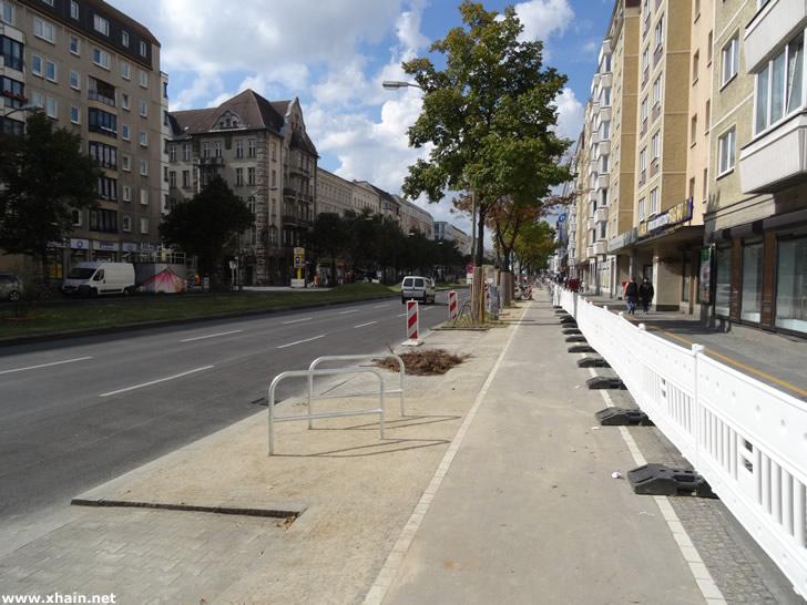 Neuer Radweg an der Frankfurter Allee