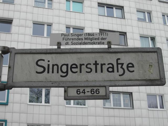 Friedrichshain: Schwerverletzter Fußgänger