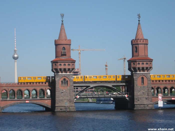 Oberbambrücke Richtung Kreuzberg bis Mai 2013 gesperrt
