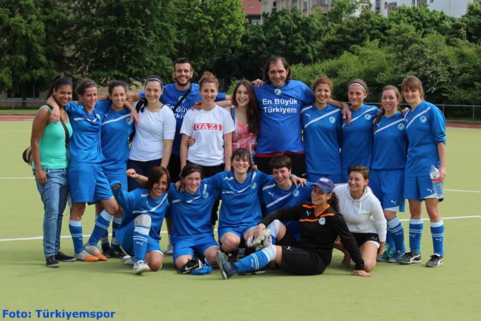 Frauenteam des Kreuzberger Fußballvereins Türkiyemspor