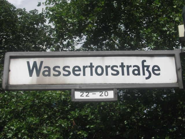 Kreuzberg: Dealer an einem Spielplatz in der Wassertorstraße festgenommen