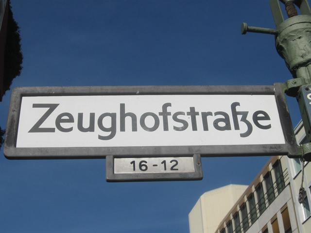 Kreuzberg: Büroeinbrecher in der Zeughofstraße festgenommen
